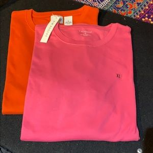 NWT TWO KIM ROGERS SHORT SLEEVED TEES